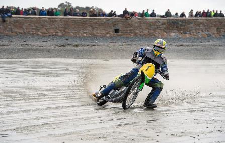 Sand-racing